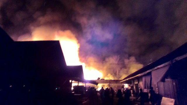 Kebakaran di Pasar Lubuk Jambi, 21 Ruko dan 10 Kios Terbakar