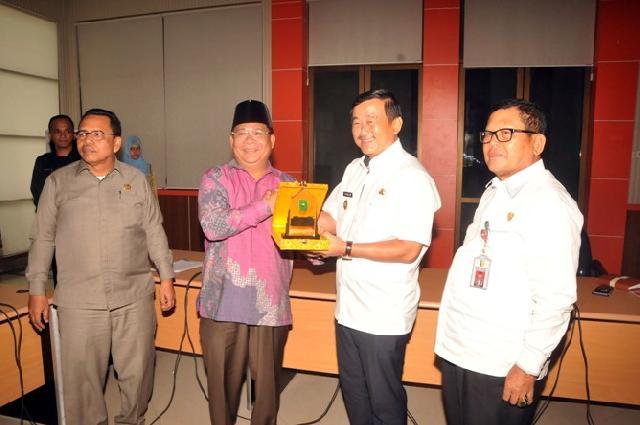 Wabup Halim Terima Kunjungan Kerja  Komisi B DPRD Riau