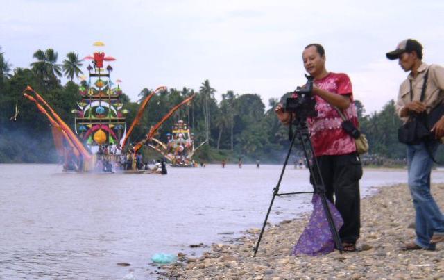 Pemprov Didesak Selamatkan Sungai Kuantan dan Indragiri