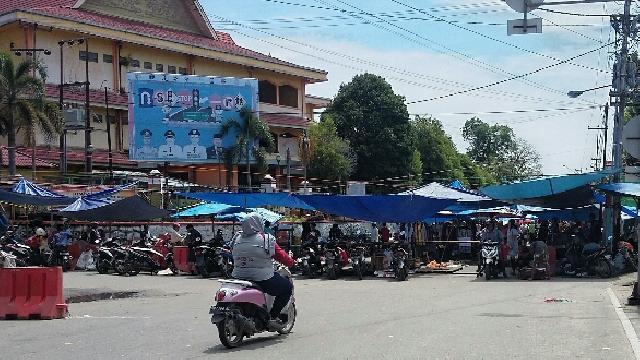 Entah Sampai Kapan, Jalan di Teluk Kuantan Ini Jadi Pasar Setiap Rabu dan Minggu