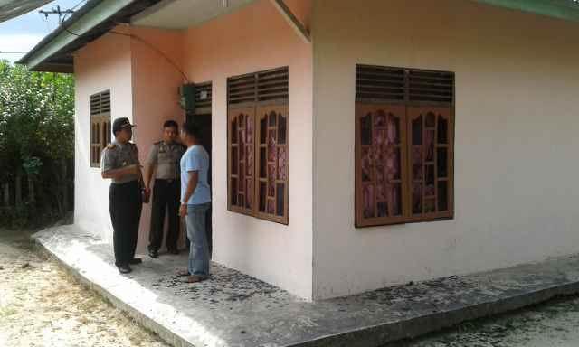 Keluarga Korban Pembunuhan di Pengean Serang Rumah Pelaku