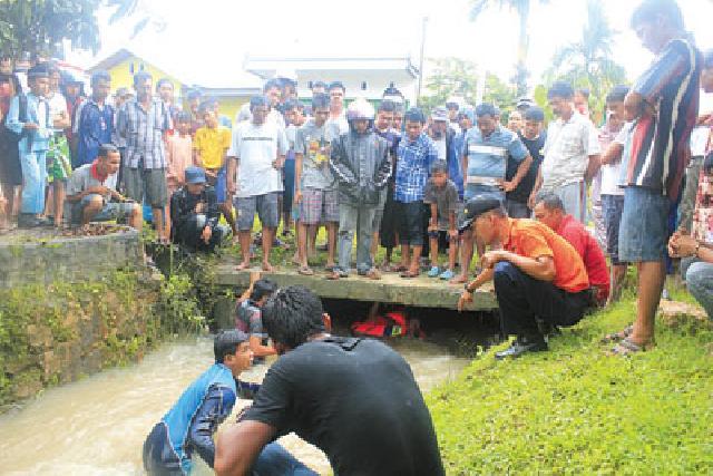 Akibat Banjir di Pekanbaru, Bocah 5 Tahun Terseret Arus