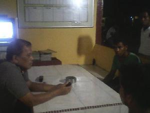 Dihantam Pakai Sekop,Pendulang Emas Polisikan  PK Lokasi PETI di Petapahan