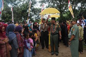 Hadiri Syukuran Desa Sampurago, Bupati Minta Warga Bersatu
