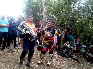 Gelar Halal Bihalal Sesama Anggota Tracks, Ratusan Rider Ramaikan Jelajah Alam Bukit Tambaluang