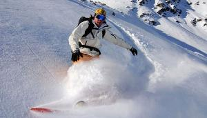 Fenomena Menarik: Salju Turun di Timur Tengah