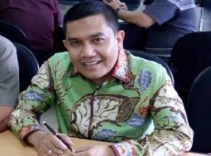 Di Kabupaten Tebo Jambi, Honorer Guru dan Pegawai Disdik Diangkat Kadis