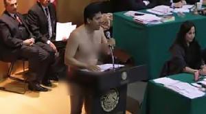 Pidato di Parlemen, Anggota Dewan Hanya Pakai Celana Dalam