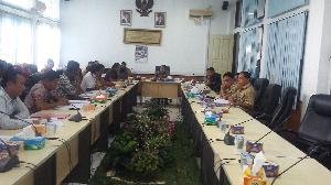 DPRD Dukung Eks Honorer Kuansing Berjuang Jadi ASN