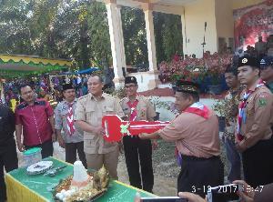 Anggota DPR Dari Gerindra Sumbang Ambulans dan Sembako Untuk  Korban Banjir di Kuasing