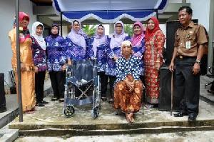 K3S Taja Sunat Masal, Pasar Murah dan Serahkan Kursi Roda di KHS