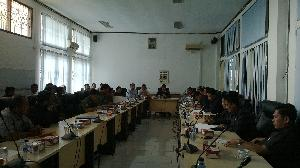 Terkait Sengketa Warga Dengan PT Duta Palma, DPRD Panggil Perwakilan Adat Empat Kenegerian