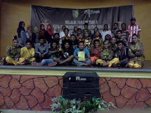Tampil di Parade Tari Riau, Kuansing Tampilkan Tari' Manetek Onau '