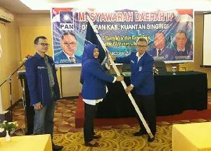 Komperensi Terpilih Jadi Ketua DPD PAN Kuansing