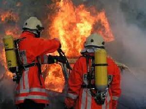 Kebakaran Besar di Banjarmasin, 100 Unit Damkar Diterjunkan