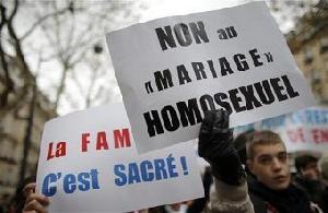 100 Ribu Warga Prancis Demo Tolak Legalisasi Pernikahan Gay & Lesbian