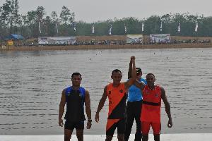 Mobil Terbalik, 1 Official Atlet Atlet Papua Patah Kaki