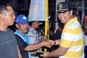 Siposan Rimbo RAPP Juara Pacu Jalur Piala Andi Putra