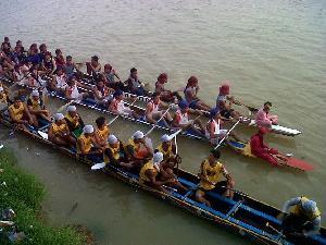 Pulau Laghe Mandulang Untuong Jawara di Arena Pacu jalur Terbesar kedua di Kuansing