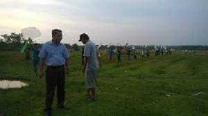 Bangun Kebersamaan, Mardjan Ustha Saksikan Lomba Layang-layang di Desa Pulau Kulur