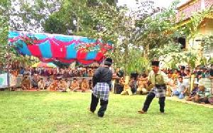 Pesilat Pangean dari Berbagai Daerah Gelar Silahturahmi di Desa Pembatang
